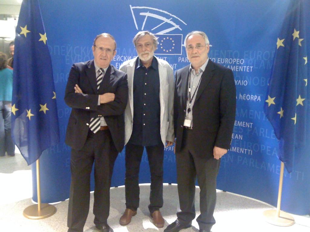 Pino Arlacchi, Gino Strada in Ivo Vajgl